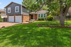 Sold! Handsome tri-level home on an impeccably maintained block of Columbine West